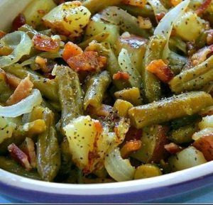 Country-Ranch-Green-Beans-'n-Potatoes-with-Bacon